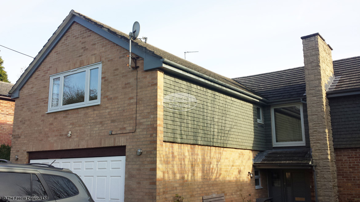 Installation of custom coloured fascia, soffit and guttering